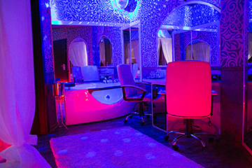 Hotel Boutique Mikaela Brasov Jacuzzi Baldachin c59