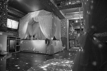 Hotel Boutique Mikaela Brasov Jacuzzi Baldachin c517
