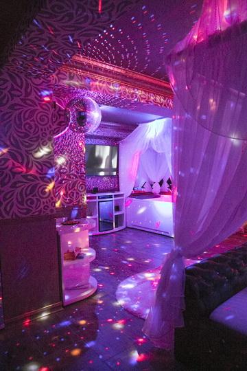 Hotel Boutique Mikaela Brasov Jacuzzi Baldachin c511